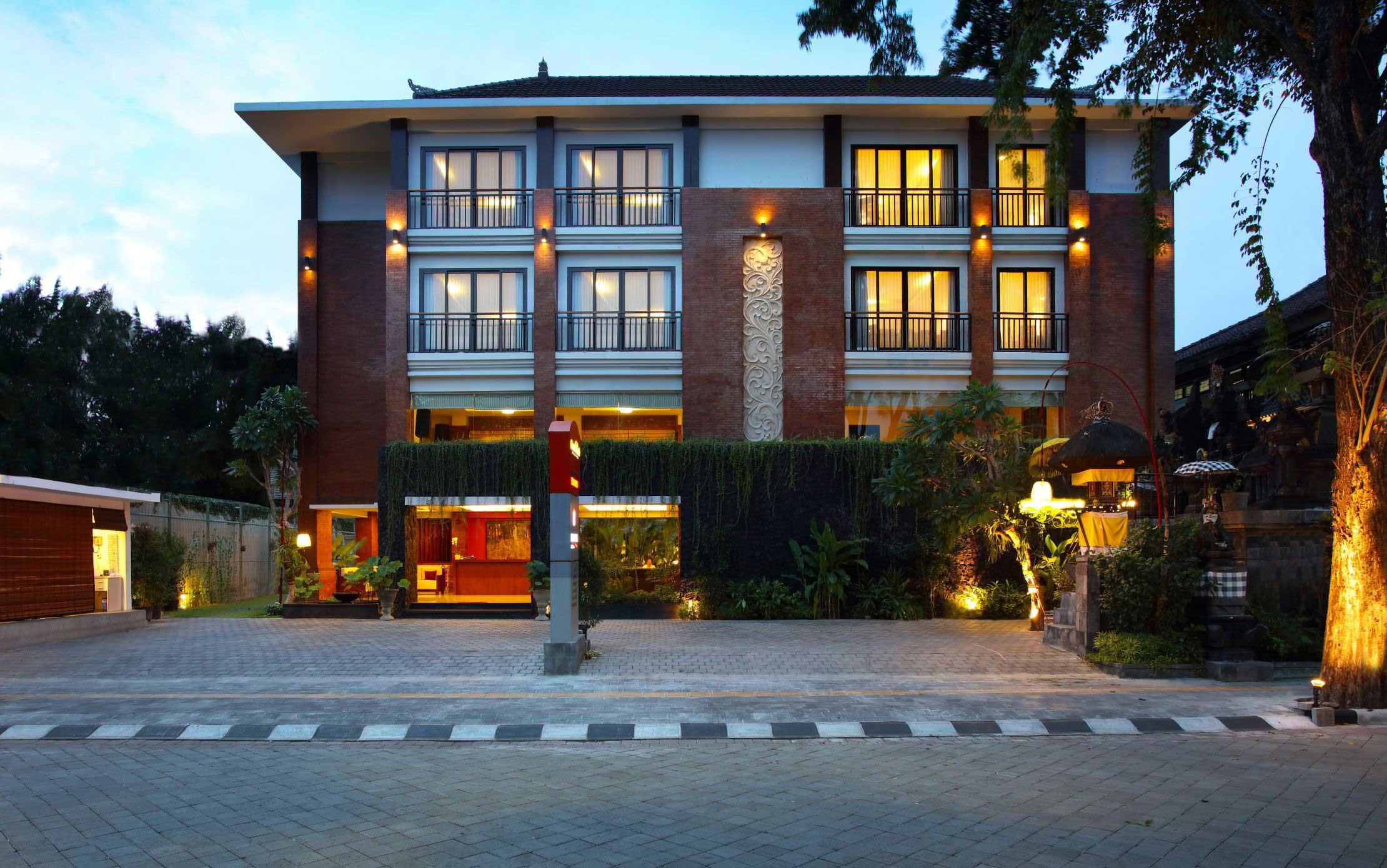 Grand mirah hotel for Design boutique hotel potsdam